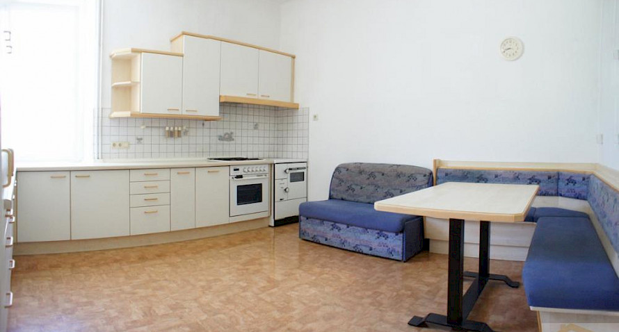 convenient 3-roomed apartmente with car port Bild