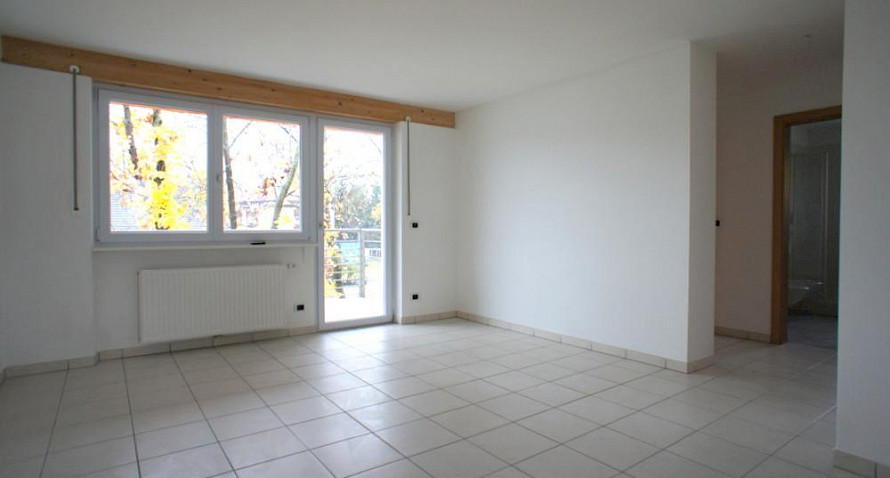 4-roomed apartment with garage, as new Bild